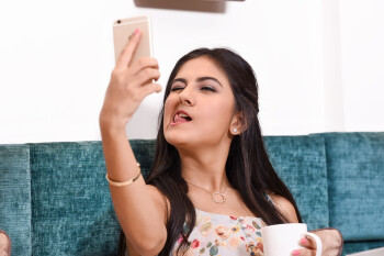 100+ megapixel selfie cameras are coming