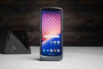 The highly attractive but deeply flawed Motorola Razr 5G is affordable at last