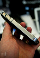 Mophie's iPhone 4 case doubles your battery life in a slim design