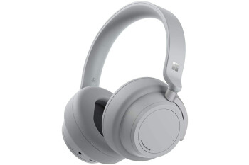 Hurry-and-get-the-noise-cancelling-Microsoft-Surface-Headphones-at-this-ridiculously-low-price