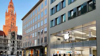 Apple is building a billion-dollar 5G chip design center to wean off Qualcomm