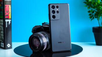 Galaxy S21 Ultra vs Mirrorless Camera: Can a phone win?