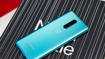 The unlocked OnePlus 8 is on sale at a huge discount in both 'regular' 5G and 5G UW variants