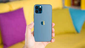 Apple sold the most 5G-ready phones in Q1, dislodging Samsung which fell to the fourth spot
