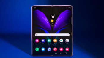 Galaxy Z Fold 3 under-panel camera as good as typical ones, but there's still a glaring problem: tip
