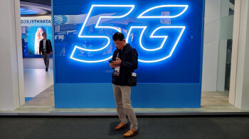 AT&T taunts Verizon and T-Mobile while touting its latest 5G achievements and goals