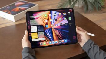Future iPad Pros to use horizontal layout w/ rotated cameras, logo