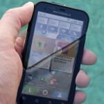 Rugged Motorola Defy takes a dive