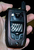 Motorola i880 sees FCC approval