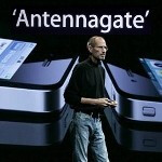 CNN says the Antennagate is the biggest tech fail in 2010