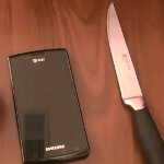 How Gorilla Glass stands up against a knife