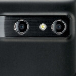 Samsung says 3D makes phones too bulky, but ready to roll one if people like it