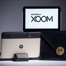 Motorola is giving away a limited edition gold Motorola XOOM for the Oscars