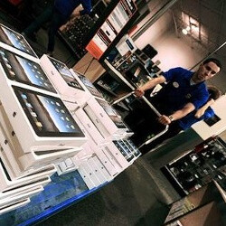 Best Buy to start selling iPad 2 after 5 pm on March, 11th