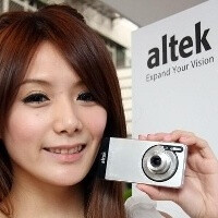 altek A14 LEO, an Android phone with a 14MP camera, is to be released this month