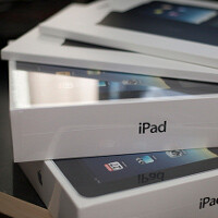 iPad 2 delivery times now over a month