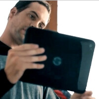 HP TouchPad makes a brief cameo with a rear camera in promo video