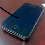 Apple iPhone 4 falls 1,000 feet from an airplane and survives
