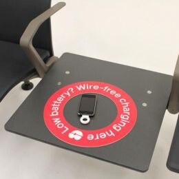 PowerKiss provides wireless charging in airport waiting areas