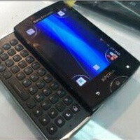 Появиха се снимки на Sony Ericsson Xperia SK17i Mango - наследникът на X10 Mini Pro