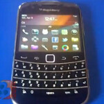 BlackBerry Bold Touch 9930 stars in 24 second video