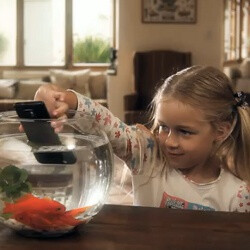 Samsung Galaxy S II stars in its first commercial (video)