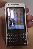 Spy photos of Sony Ericsson P700
