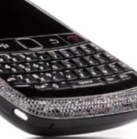 Amosu Black Diamond BlackBerry 9780 has 1400 diamonds set in 18ct gold, costs $26 000