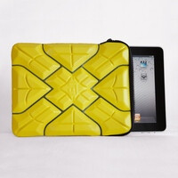 iPad 2 lives after getting run over by a car; owes it to a tough G-Form sleeve case