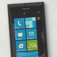 Nokia demonstrates its very first Windows Phone device