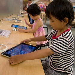 Tablets to completely replace textbooks in South Korea by 2015