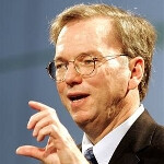 Google Chairman Eric Schmidt once again photographed using a BlackBerry