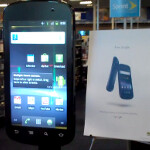 Man roots giant Nexus S device at Best Buy