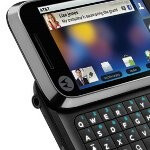 Motorola Flipside finally gets a taste of Android 2.2