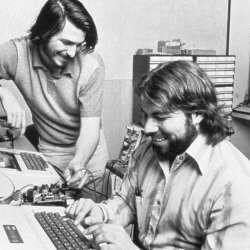 Steve Wozniak reacts to Steve Jobs resignation: