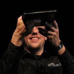 Microsoft teases quad-core tablet, might run Windows 8