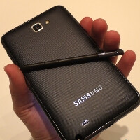 Samsung Galaxy Note to start selling in UK Q1 of 2012, US launch coming later on