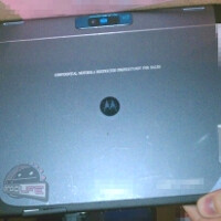 Motorola XOOM 2 to be iPad-2-thin, first with Adobe Flash 11 and Netflix HD streaming onboard