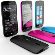 Nokia quarrels with O2 about its Windows Phones marketing, hesitant to stock the first batch with the carrier