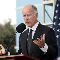 Governor Jerry Brown places his veto on the cell phone snooping bill, still no warrant necessary
