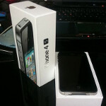 German customer gets his Apple iPhone 4S delivered early