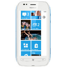 Nokia Lumia 710 is official: affordable Windows Phone