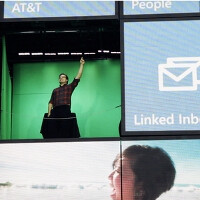 Windows Phone gets 55 feet tall replica in Manhattan, giant banner in France