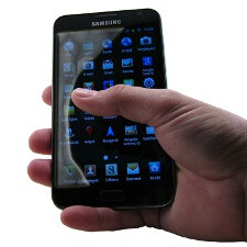Samsung Galaxy Note screen controversy cleared: from finger reach to the PenTile display