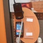 One AT&T store uses the wrong display for the Samsung Focus S