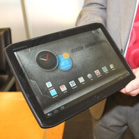 Motorola DROID XYBOARD tablets are now official, coming to Verizon this month
