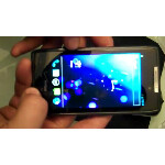 Motorola DROID RAZR boots up with ICS
