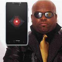 Cee Lo Green and Motorola will host an L.A.-based scavenger hunt for the New DROID RAZR in white