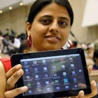 India's cheapest tablet Aakash scores 1.4 million orders