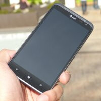 HTC Titan 2 Hands-on